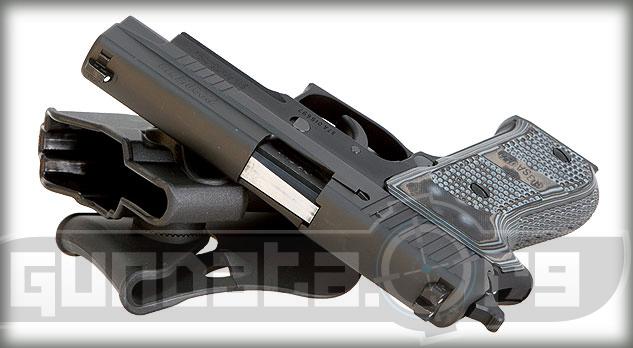 Sig Sauer P220 Extreme Photo 4