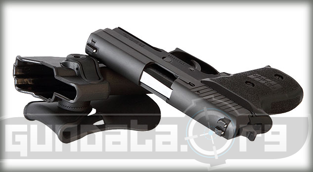 Sig Sauer P220R Compact Photo 4
