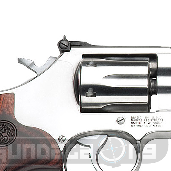 Smith and Wesson 647 .17 HMR Varminter Photo 2