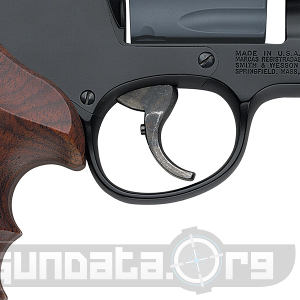 Smith and Wesson Model 327 Photo 3