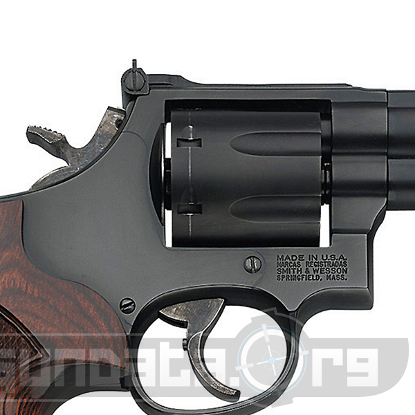 Smith and Wesson Model 586 L-Comp Photo 3