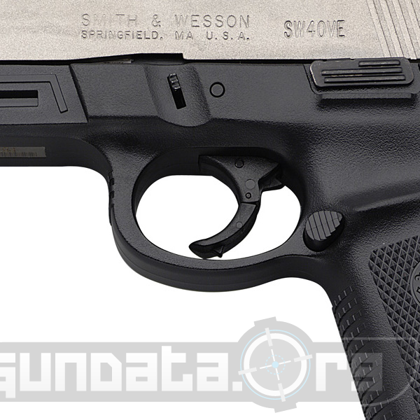 Smith and Wesson Model SW40VE Photo 4